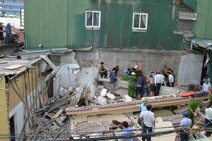 Nạn nhân mắc kẹt trong vụ nhà đổ sập khi phá dỡ đã tử vong
