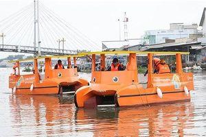 Sử dụng thuyền chạy bằng năng lượng mặt trời để làm sạch sông Mê Kông