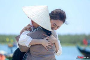 Thái Ngân khiến Ngọc Sơn - Giang Hồng Ngọc rưng rưng nước mắt với MV về tình mẫu tử trong Thần tượng Bolero 2019