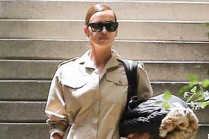 Irina Shayk buồn bã xách vali ra khỏi nhà