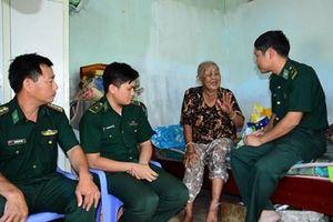 Nỗ lực giúp nhân dân bằng những việc làm thiết thực