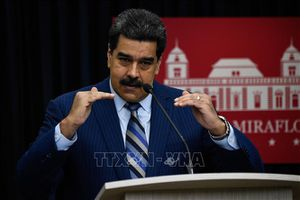 Venezuela mở trở lại cửa khẩu biên giới với Colombia