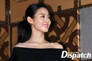 Ở ẩn đã lâu, Seolhyun (AOA) tái xuất gợi cảm khoe xương quai xanh chuẩn như tượng làm fan xuýt xoa