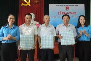 29 cựu thanh niên xung phong đi xây dựng vùng kinh tế mới được tặng Kỉ niệm chương