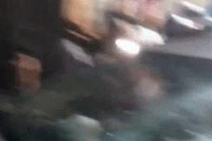 Clip: Hiện trường xe CSGT tông người rồi lao vào nhà dân ở Bình Dương gây xôn xao