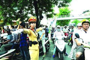 Công an Hà Nội phát động phong trào thi đua bảo đảm trật tự, an toàn giao thông