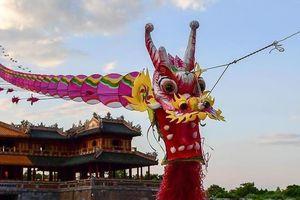 Trở về tuổi thơ với lễ hội thả diều màu sắc ở Huế