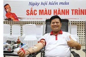 Đông đảo người dân tham gia Ngày hội hiến máu 'Sắc màu Hành trình Đỏ'