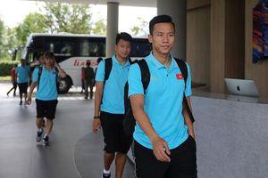 Đội tuyển Việt Nam về nước, tiếp tục những ngày bận rộn