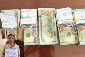 Bắt đối tượng vận chuyển trái phép 50.000 USD qua biên giới