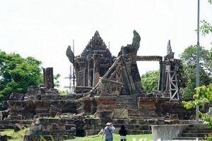 Cận cảnh đền thiêng Preah Vihear ở vùng biên giới Campuchia