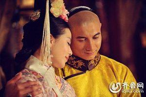 Nickname con trai Ngô Kỳ Long - Lưu Thi Thi được đặt theo tên bộ phim 'Bộ bộ kinh tâm'