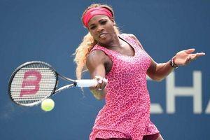 Trang phục thi đấu khiến đối thủ hoa mắt chóng mặt của Serena Williams - 'lão bà bà' làng banh nỉ