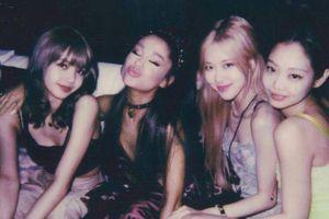 Hoa cả mắt: Ariana Grande đăng ảnh mà cứ ngỡ là 'chị em một nhà' với Jennie (BlackPink)