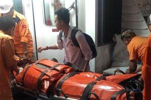 Cứu nạn kịp thời một ngư dân bị tai nạn lao động