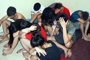 Nhóm thanh niên mở 'tiệc ma túy' trong phòng trọ