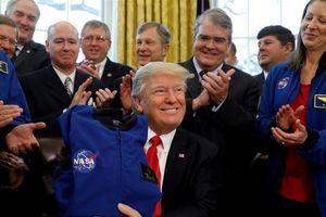 Vì sao Tổng thống Trump gọi 'Mặt Trăng là một phần Sao Hỏa'?