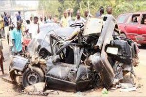 Vụ tai nạn ôtô kinh hoàng ở bang Nigeria