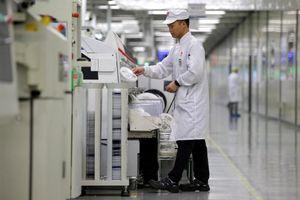 Trung Quốc cảnh báo giới công nghệ về việc tuân thủ lệnh cấm của Mỹ