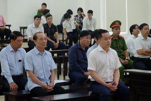 Tòa án cách ly Vũ 'nhôm' khi xét hỏi các cựu tướng, tá công an