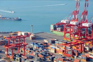 Kinh tế Hàn Quốc vẫn tăng trưởng chậm