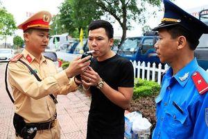 Hà Nội yêu cầu chấm dứt hợp đồng với lái xe dương tính với ma túy