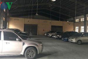 Bãi xe không phép thu lợi 'khủng' trong khu thủ công nghiệp
