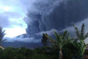 Indonesia cảnh báo núi lửa Sinabung tiếp tục phun trào