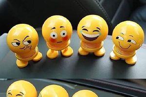 Khắp nơi bán thú nhún Emoji, giá giảm thê thảm