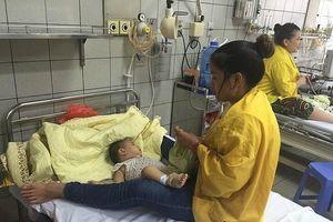 Hà Nội: Sẽ kiểm tra đột xuất, xử lý các bệnh viện thu tiền thăm nuôi người bệnh