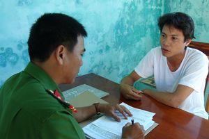 Quảng Nam: Vận động đối tượng có 2 lệnh truy nã ra đầu thú