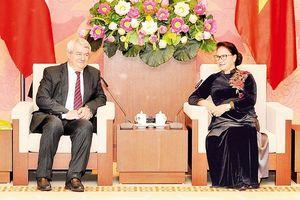 Chủ tịch QH Nguyễn Thị Kim Ngân tiếp Phó Chủ tịch Hạ viện CH Séc V.Phi-líp