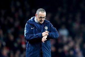 Lộ dấu hiệu HLV Sarri chính thức rời Chelsea