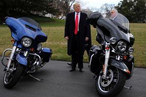 Tổng thống Trump phản ứng mạnh mẽ trước mức thuế cao của Ấn Độ