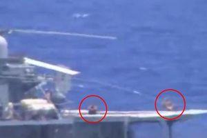 Đô đốc Nga lên tiếng về thủy thủ tắm nắng khi chiến hạm suýt đâm tàu Mỹ