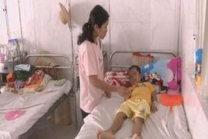 Bé gái 5 tuổi ở Đắk Lắk có bộ phận... sinh dục nam