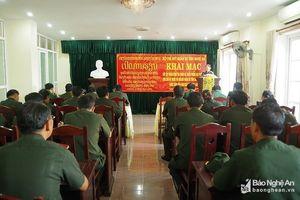 40 cán bộ quân sự của Lào tập huấn kiến thức quốc phòng tại Nghệ An