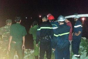 Huy động 10 xe chữa cháy và gần 100 người dập lửa tại bán đảo Sơn Trà