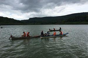 Tìm thấy thi thể người đàn ông bị lật thuyền trên sông Đồng Nai