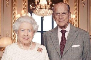 Nữ hoàng Elizabeth và phu quân không sống cùng nhau