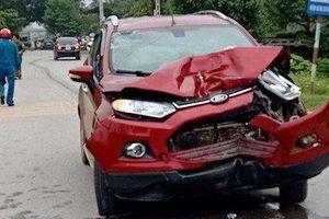 Đình chỉ công tác thiếu úy công an lái xe tông 2 người tử vong tại Thanh Hóa