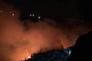 Đà Nẵng: Cháy lớn trên bán đảo Sơn Trà