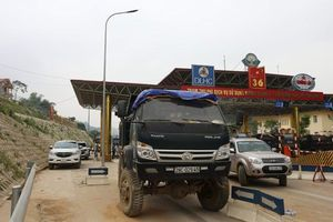 BOT Quốc lộ 6 Hòa Lạc – Hòa Bình lại thất thủ, lãnh đạo trạm 'bất lực'