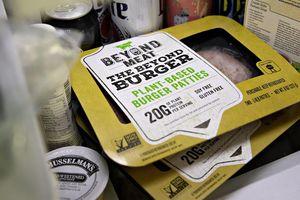 Cổ phiếu công ty 'thịt thực vật' Mỹ tăng hơn 600% sau IPO