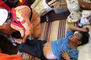 Cứu nạn thuyền viên bị dập nát chân trên vùng biển Nha Trang