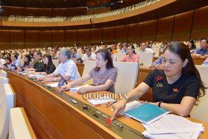Quốc hội thông qua Nghị quyết Phê chuẩn quyết toán ngân sách nhà nước năm 2017