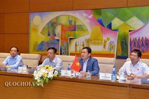 Chủ tịch Nhóm Nghị sỹ hữu nghị Việt Nam – Nghị viện Châu Âu làm việc với Đại sứ, Trưởng phái đoàn eu tại Việt Nam