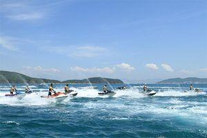 Khai thác dịch vụ vui chơi, giải trí dưới nước phải có cảnh báo chỉ dẫn an toàn