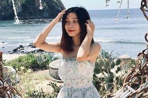 Hòn Yến trong xanh, đẹp tựa thiên đường đốn tim giới trẻ mùa hè này