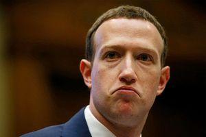 'Ông chủ Facebook giả' tuyên bố kiểm soát cuộc sống của hàng tỷ người